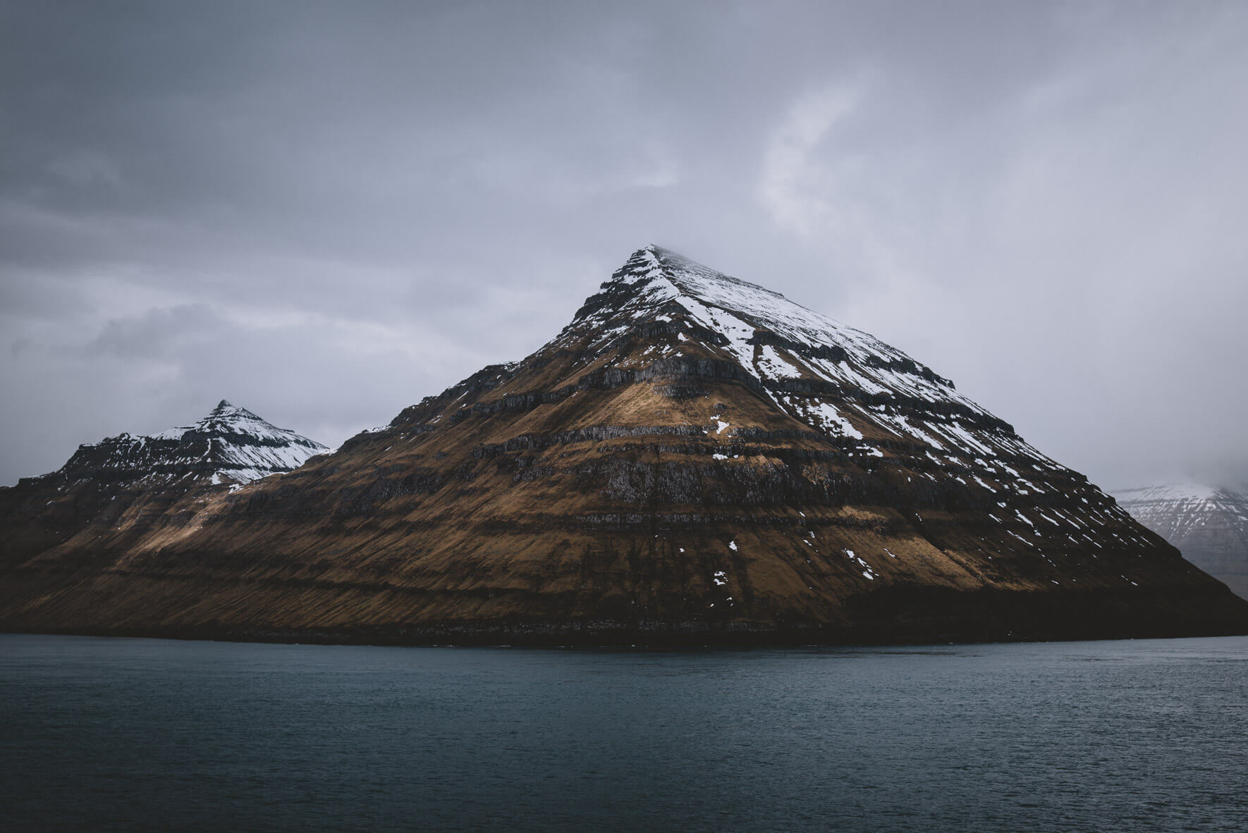 Landscape photography of the Faroe Islands by fine art and commercial photographer Jan Erik Waider