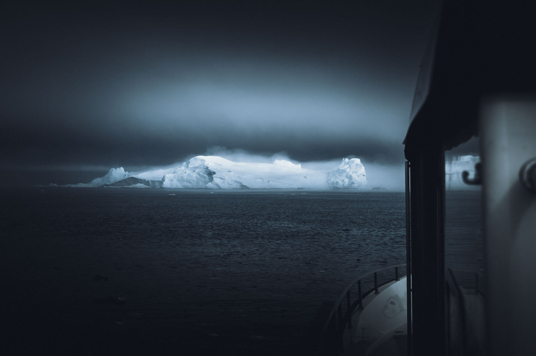 Landscape photography of Greenland by fine art photographer Jan Erik Waider