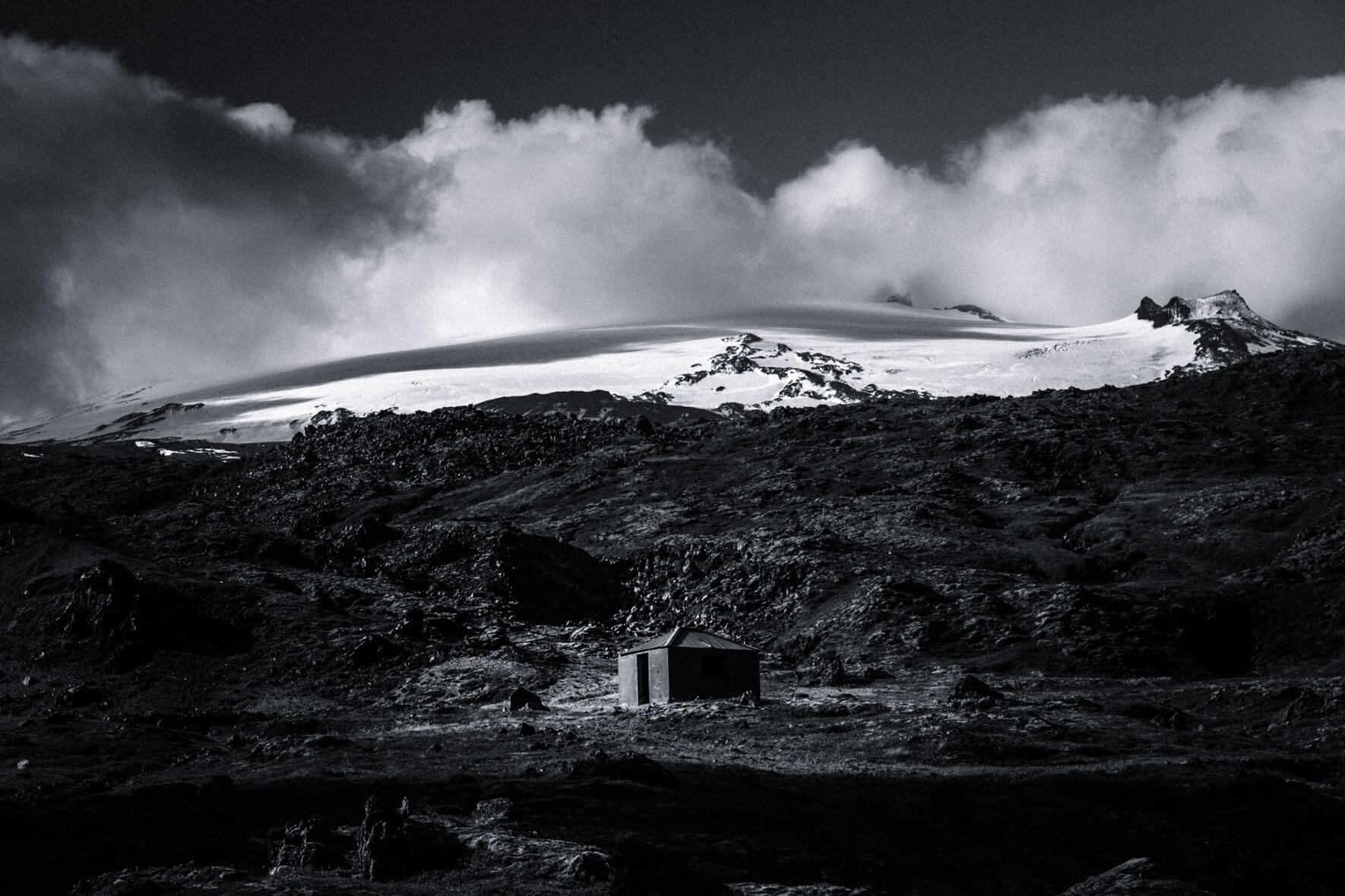 Black and white landscape photography by Jan Erik Waider