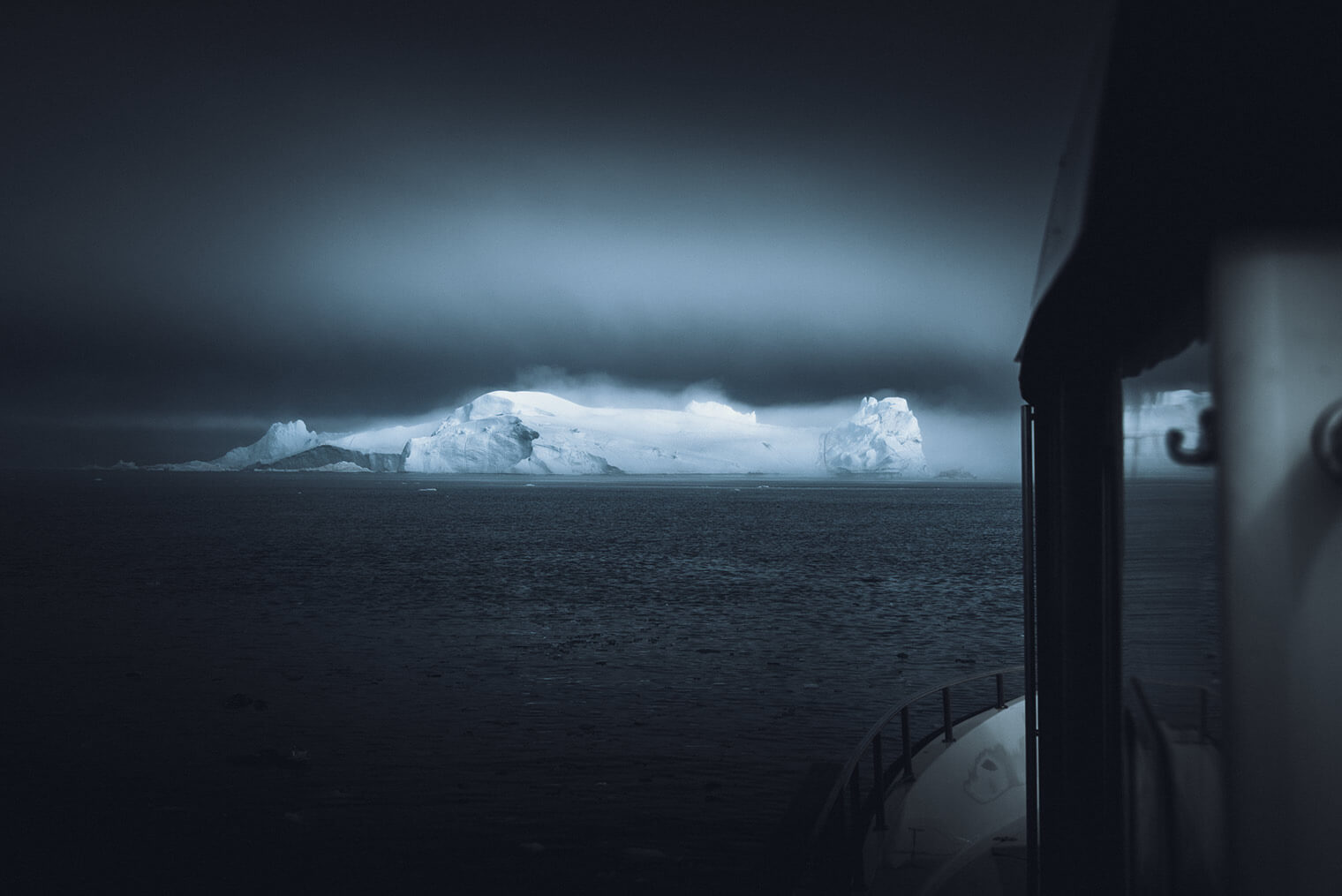 Landscape photography of Greenland by Jan Erik Waider based in Hamburg